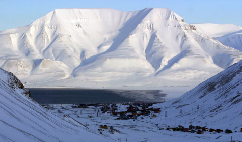 Nestled between snow-covered mountains on the Norwegian island of Spitsbergen, the tiny town of Longyearbyen is the closest permanent settlement to the North Pole. (Tom Uhlenbrock/St. Louis Post-Dispatch/MCT)