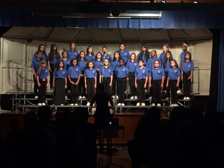 Seniors perform their last first choir performance