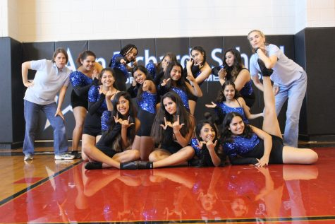 Starlettes pose with new dance co-sponsors Ms. Danielle Willie and Ms. Doy Roberts. Photo by Maddy Schell.