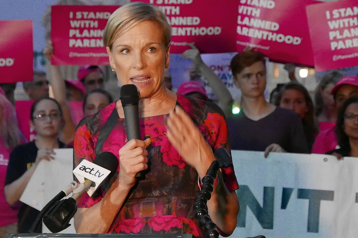 Cecile Richards delivers speech at rally in support of Planned Parenthood. Courtesy of Creative Commons.