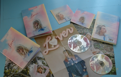Taylor Swift created 4 deluxe books that included a poster, CD, and pages from her personal diaries. Photo by Camille Pfister.